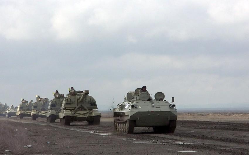 MN: Raket və artilleriya bölmələri təlim meydanlarına çıxarılıb