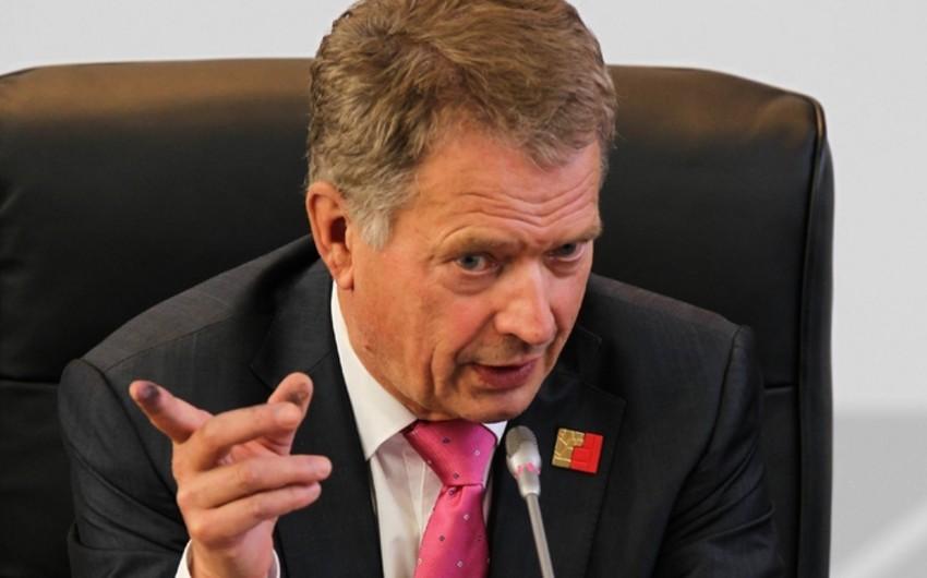 Finlandiya prezidenti: NATO-ya üzvlük referendumla həll edilməlidir