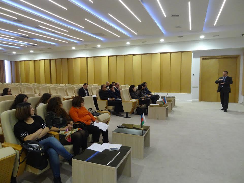 """AMEA-da """"İnnovasiya fəaliyyəti və elmin kommersiyalaşdırılması"""" mövzusunda növbəti seminar keçirilib"""