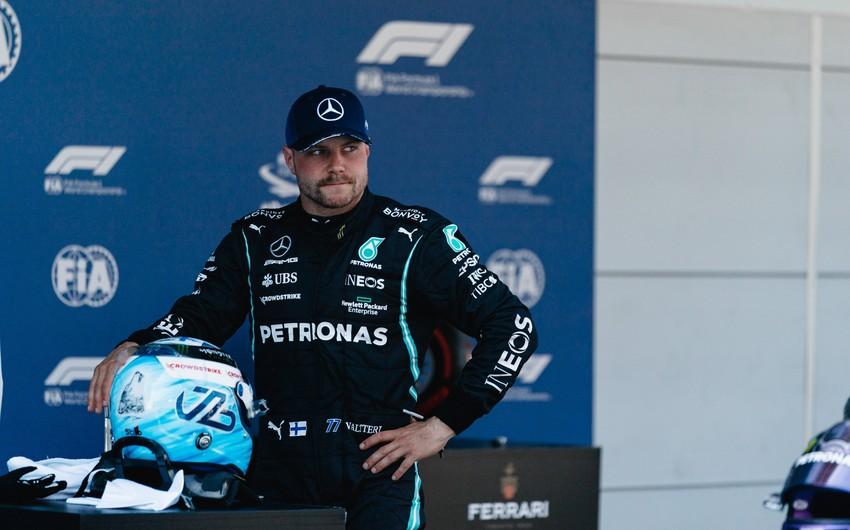 Formula 1 pilotu Mercedesini 190 min avroya satır