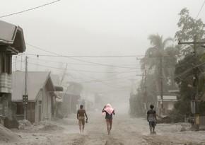 Filippində 16 nəfər güclü tayfunun qurbanı olub
