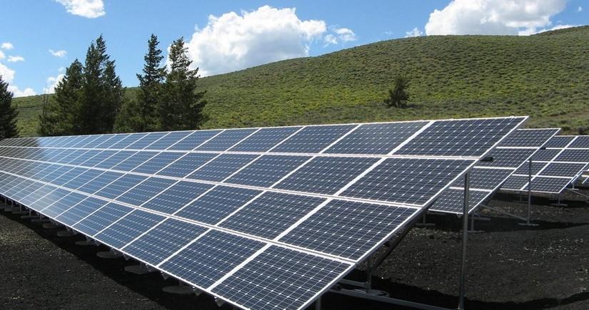 Президент: Освобожденные территории Азербайджана обладают 7 200 мегаватт солнечной и 2 000 мегаватт ветряной энергии