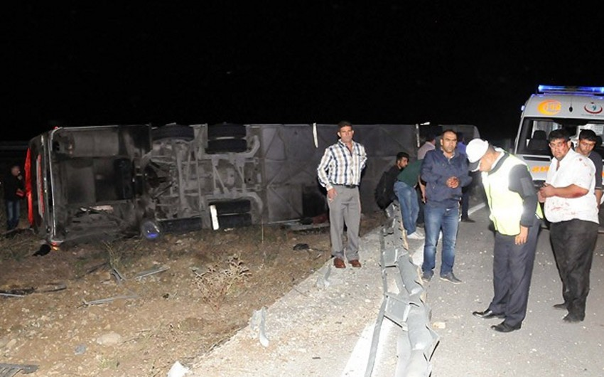Ərzurumdakı yol qəzasında 22 nəfər yaralanıb