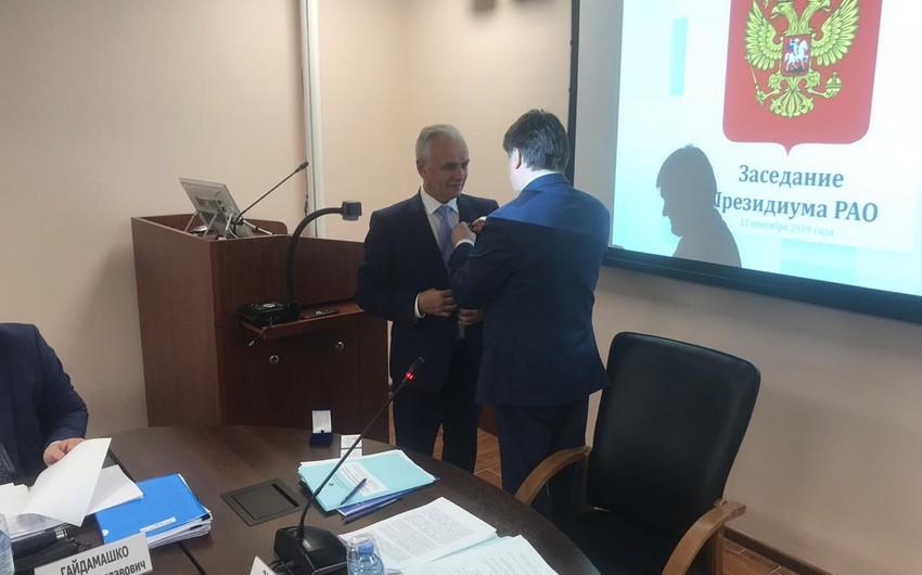 Azərbaycanlı rektor Rusiyada medalla təltif edilib