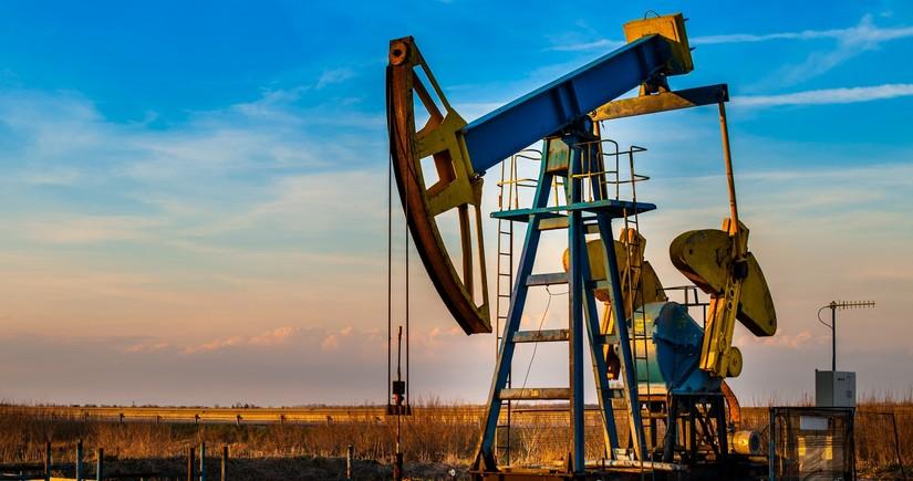 EIA Azərbaycanda neft hasilatı proqnozunu dəyişməyib