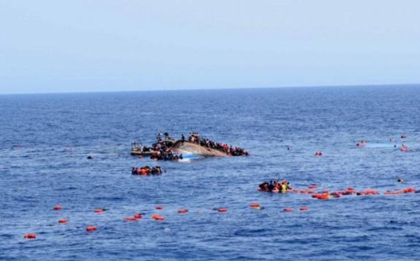 Aralıq dənizində miqrantları daşıyan gəmi batıb, 43 nəfər ölüb