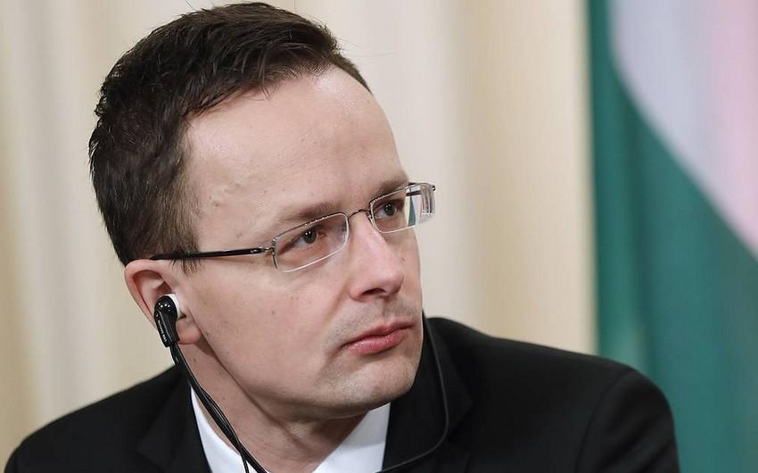 Macarıstan Rusiyaya qarşı sanksiyalara görə 8,5 milyard dollar itirib