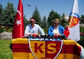 Türkiyə klubu yeni baş məşqçisi ilə 3 illik müqavilə imzaladı
