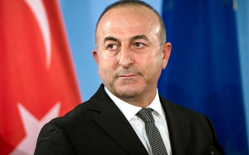 Глава МИД Турции прибыл в Баку