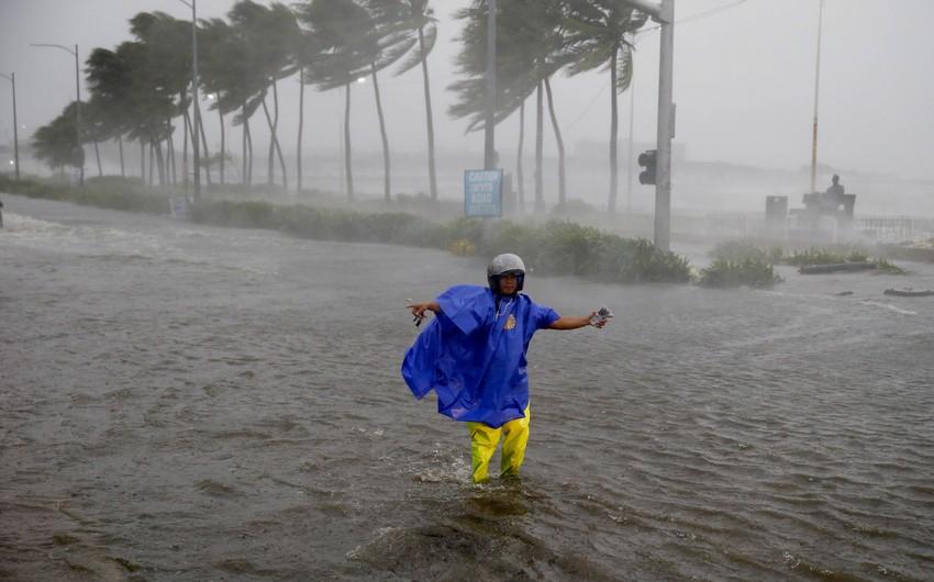 Yaponiyada tayfun təhlükəsi ilə bağlı əhali təxliyyə olunur