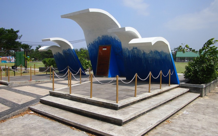 İndoneziyada dağıdıcı sunaminin 10-cu ildönümü qeyd olunub