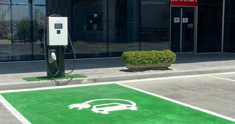 SOCAR Petroleum installs charging equipment in gas stations