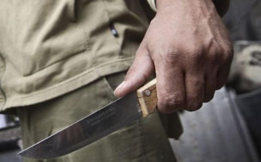 Bakıda 40 yaşlı kişi arvadını və baldızını bıçaqlayıb