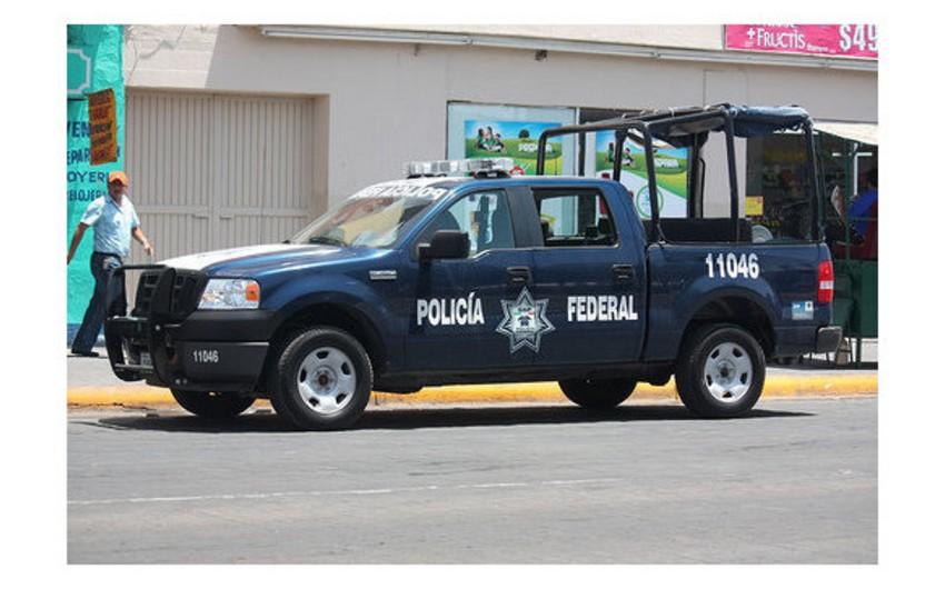 Meksikada klinika binasında qətlə yetirilmiş 6 nəfərin cəsədi tapılıb