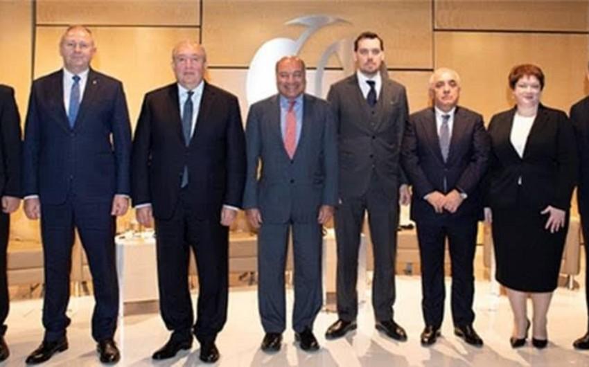 Сума Чакрабарти: Азербайджан проводит реформы с целью снижения зависимости экономики от нефти