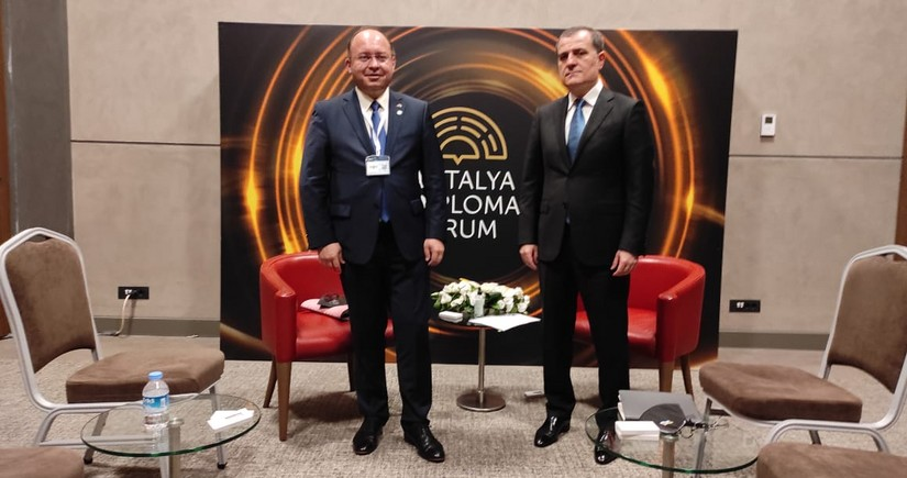 FM: Romania is interested in expanding relations with Azerbaijan