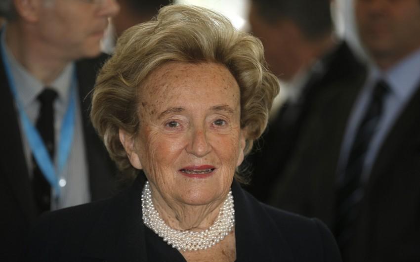 Sabiq Fransa prezidentinin həyat yoldaşı xəstəxanaya yerləşdirilib