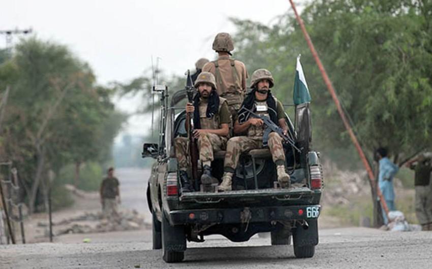 Взрыв бомбы в Пакистане, есть погибшие и раненые