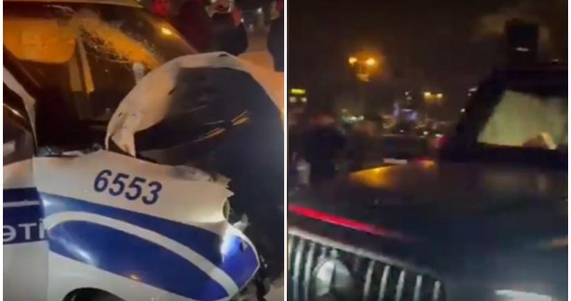"""Bakıda """"Gelandewagen""""lə PPX avtomobili toqquşub, polis əməkdaşı yaralanıb"""