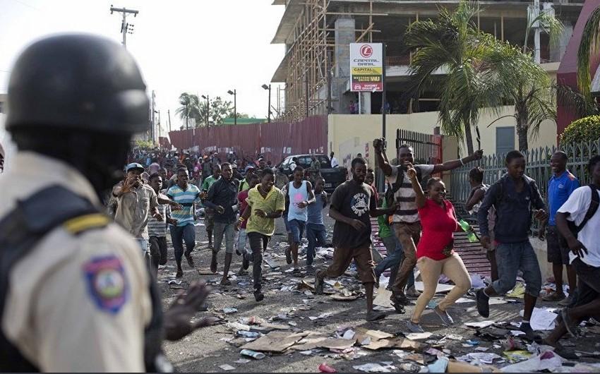 Haitidə etirazlar zamanı onlarla insan həlak olub