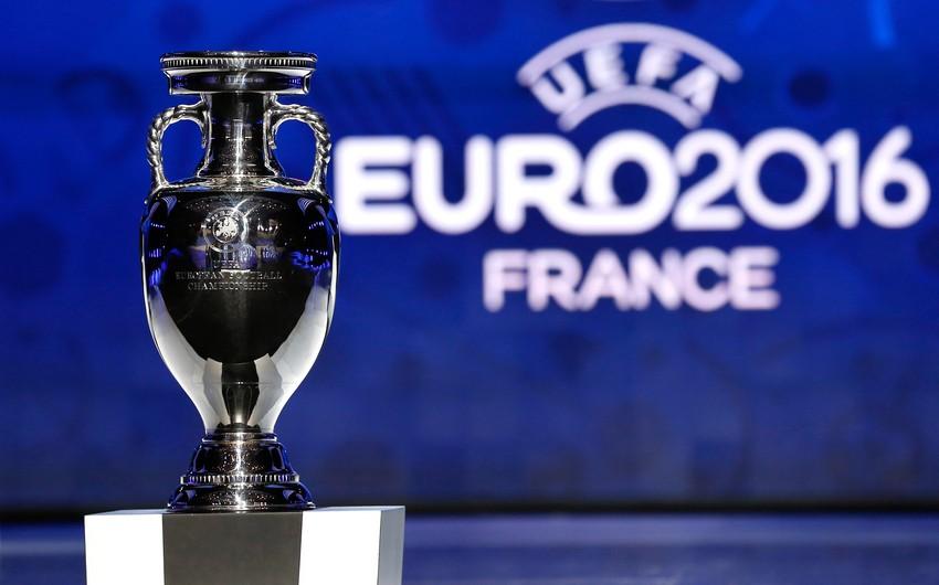 UEFA AVRO-2016-nın rəmzi komandasını açıqlayıb