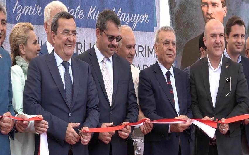 Türkiyənin İzmir şəhərində Bakı parkı və abidəsi açılıb - FOTO
