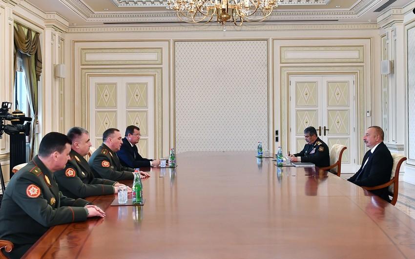 Президент Ильхам Алиев принял министра обороны Беларуси - ОБНОВЛЕНО