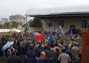 Проходит церемония прощания с погибшим сержантом Азербайджанской армии