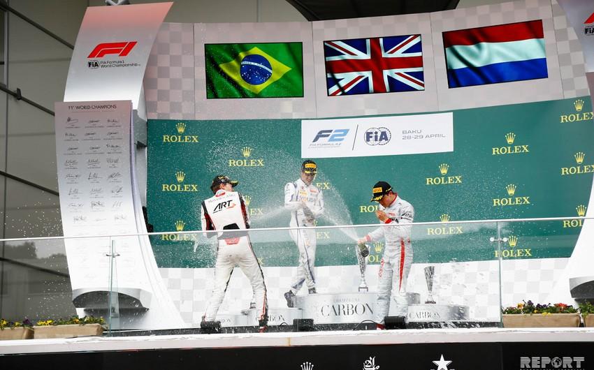 """Bakıda keçirilən """"Formula 2"""" üzrə ikinci yarışın qalibi müəyyənləşib - FOTOREPORTAJ"""