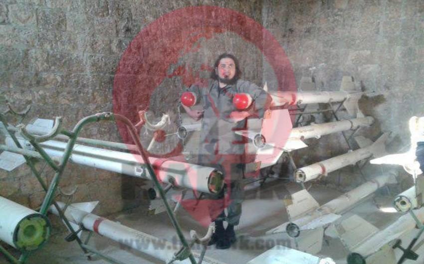 İŞİD sumqayıtlı döyüşçüsünü edam edib - FOTO