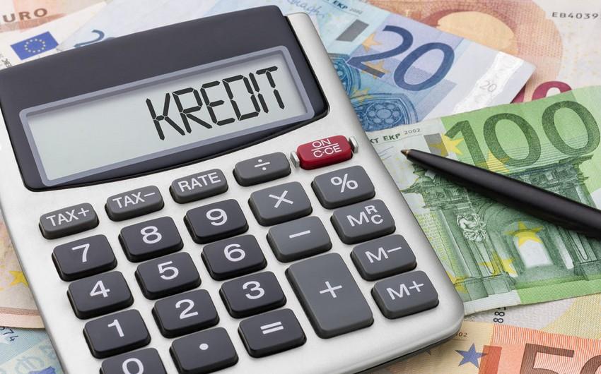 Azərbaycanda bankların kredit qoyuluşu 21% artıb