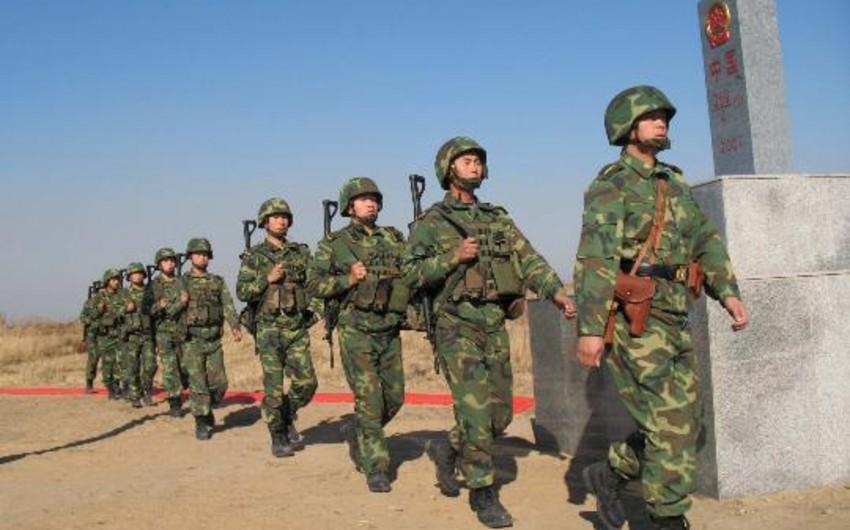 Çin sərhədçiləri iki uyğuru öldürüb