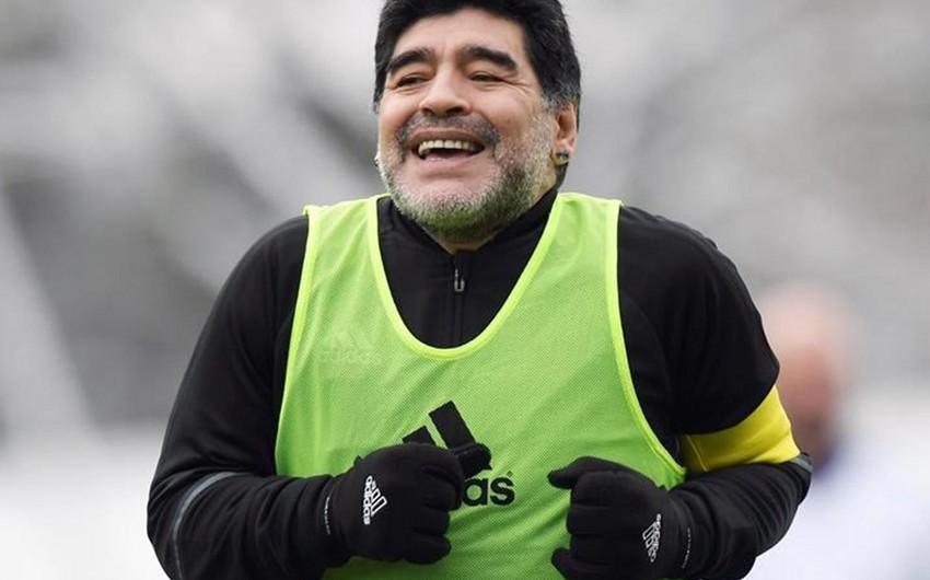 Марадона в знак протеста подал в отставку с поста посла ФИФА